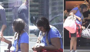Авторы реалити-шоу дали бездомной женщине пачку денег. И немало подивились, на что она их потратила!