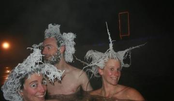 Курорт, на котором горячие источники и мороз создают самые удивительные прически в мире