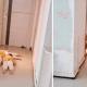 И в ванной не спрячешься: тройняшки лежали под дверью и стерегли маму