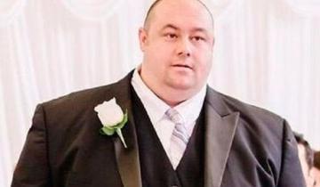 Мужчина скинул 81 кг и стал настоящим красавчиком!
