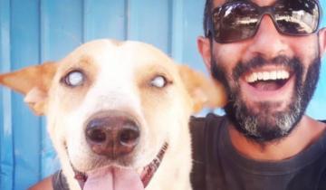 Мужчина стал лучшим другом слепому приютскому псу, и это очень трогательно!