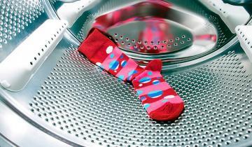 Не стоит выбрасывать одиночные носки! Для них тоже найдется применение!
