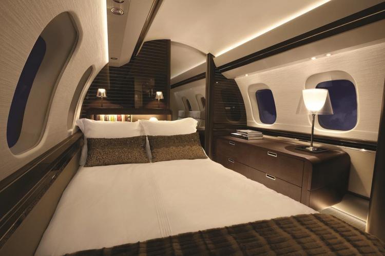Юлий Грингуз отметил стремление производителя Bombardier Global 8000 обеспечить пассажиров на дальних рейсов максимальным уровнем комфорта