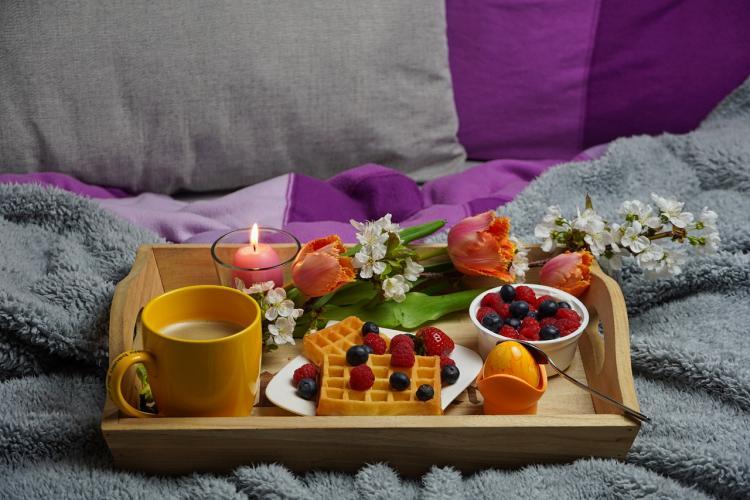 Завтрак в постель на 14 февраля