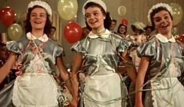 Как живут сестры-долгожительницы Шмелевы — звезды фильма «Карнавальная ночь»
